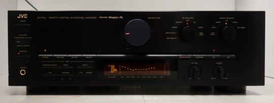 JVC AX-R742 amplifier