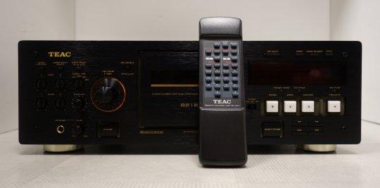 TEAC V-6030S tapedeck