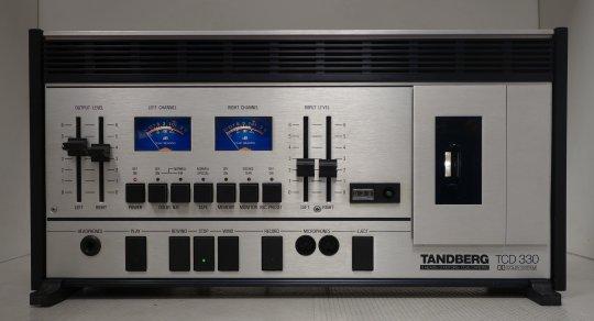 Tandberg TCD 330 HIFI Tapedeck