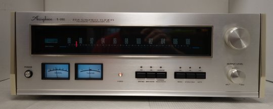 Accuphase T-101 Reference Tuner